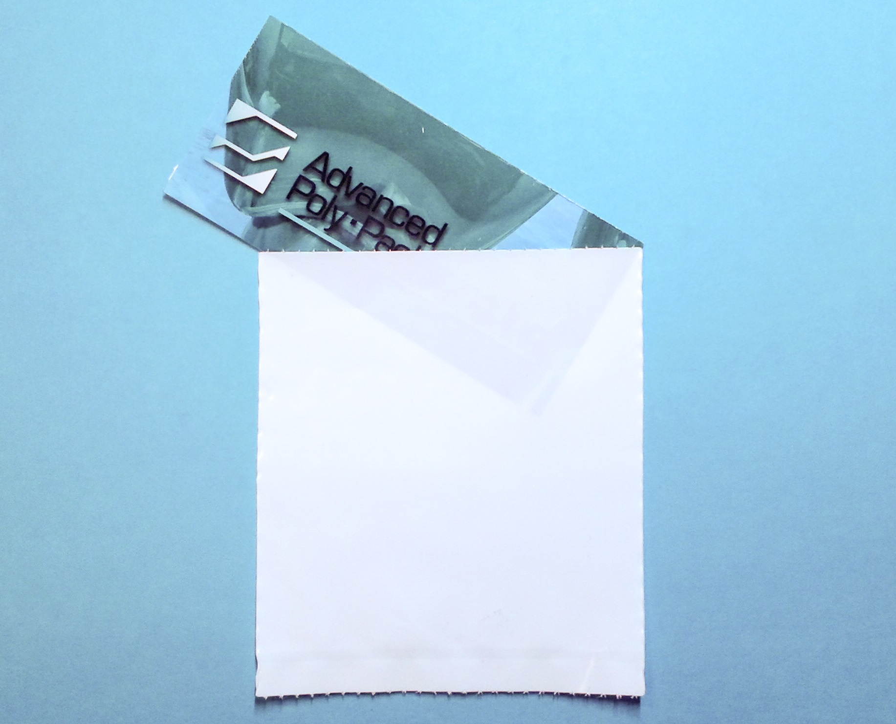 8.5 x 10.5 x 3 mil,  Nonprinted, Comb. (DSWS):  Front - White Opaque LLDPE, Back - Clear LLDPE. Bag Type: Pre-opened Bags on Rolls