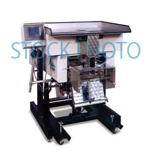 Used US5000 Semi-Automatic Netweigh-Counting Scale 215060096  Condition: Good (Machine is fully operational but may have cosmetic issues such as worn surfaces on guards, lexan, or part contact surfaces. Although the machine may not be in perfect condition